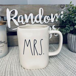 NWT Rae Dunn MRS. Mug